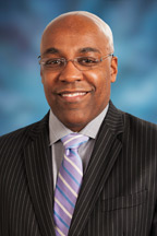 Photograph of  Senator  Kwame Raoul (D)